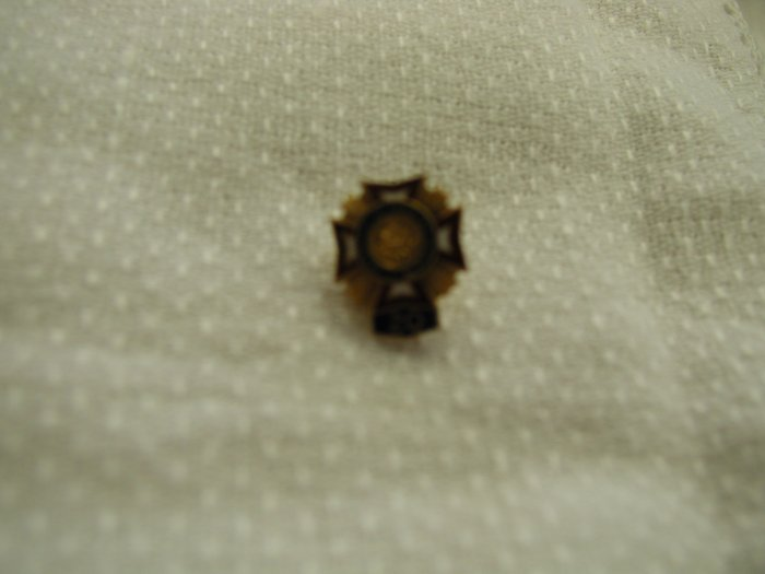 Vintage VFW Veterans of Foreign Wars of US 25 year Service Pin