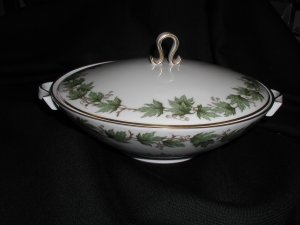 Vintage Krautheim Franconia Sycamore Covered Vegetable Bowl