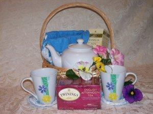 Tea for Two - Tea Cozy Basket