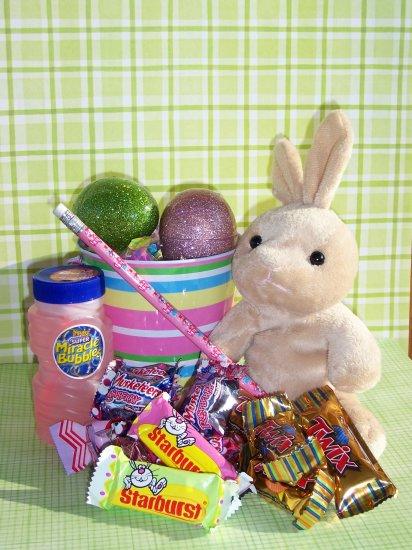 Lil Hopper Easter Pail
