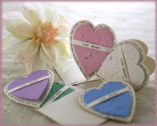 """""""LOVE GROWS"""" Plantable Wildflower Favors-Heart (Set of 12)"""