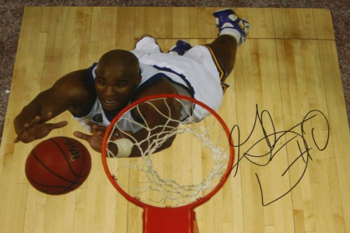 GLEN DAVIS CELTICS SIGNED LSU TIGERS 11X14 PHOTO
