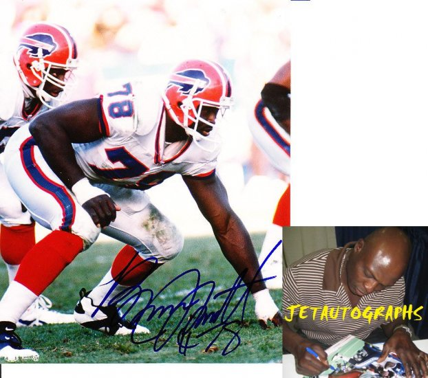 BRUCE SMITH SIGNED BILLS 8X10 PHOTO PIC PROOF SIGNING