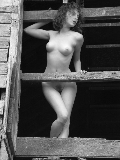 Hot red head in Black & White