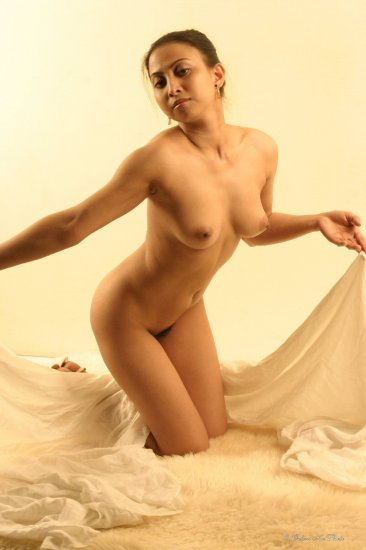Beautiful HOT Asian nude Digital file Screen saver or...