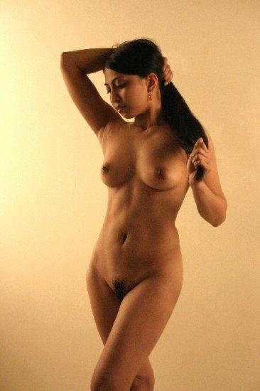 Beautiful Hot naked Asian posing for you.