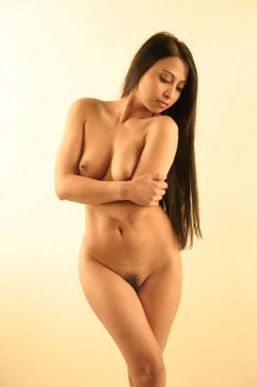 Beautiful Hot naked Asian posing for you.