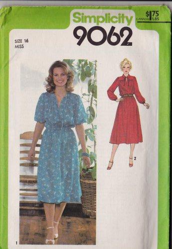 Simplicity 9062 Size 16 1979 Misses Pullover Dress Uncut