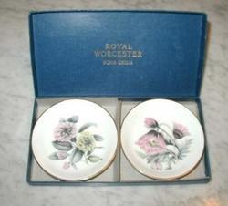 2 Royal Worcester Bone China Dishes MIB Pink Yellow