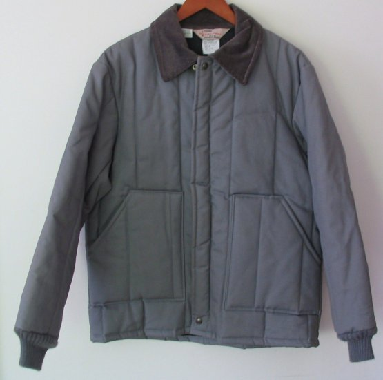 "Walls Insulated Quilt lined Work Coat M Reg NWOT Gray  ""Offers Are Considered"""