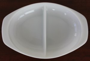 Vintage Pyrex 1.5 Qt Divided Casserole #1063 Plain White USA