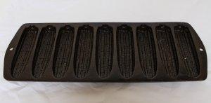 Lodge? Cast Iron 9 Corn Cob Stick  Corn Bread Pan Mold