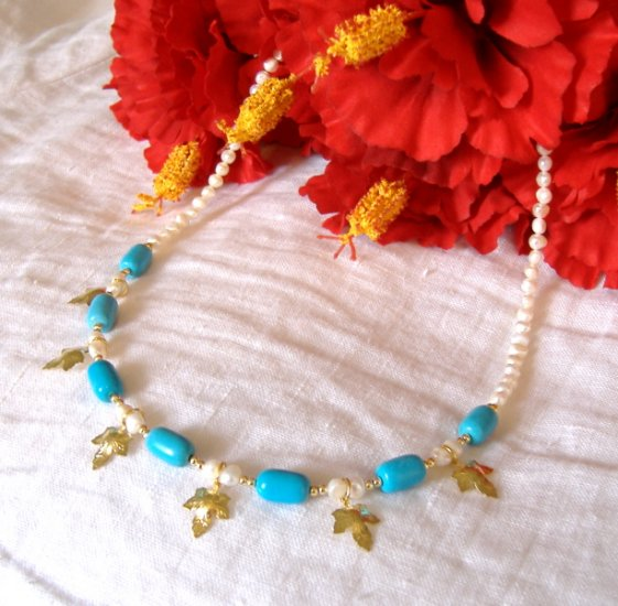 FREE SHIPPING Beautiful blue turquoise and fresh water pearl necklace