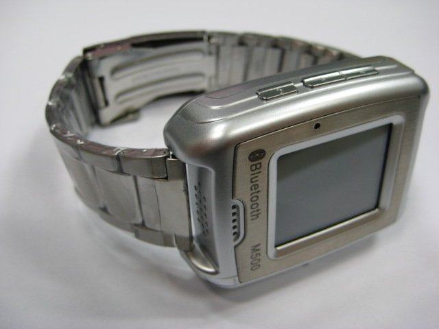CECT M500 Tri-Band GSM STAINLESS STEEL Wrist-Watch Mobile Phone