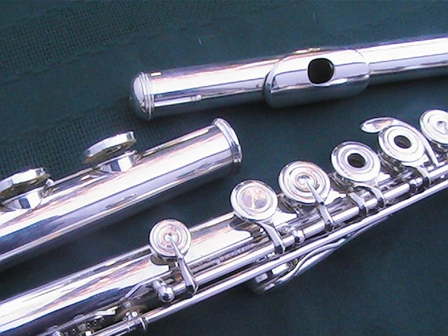 JUPITER deMEDICI FLUTE JFL 811R WITH C FOOT A REAL ADVANCE