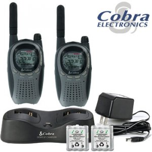 COBRA 6 MILE FRSGMRS TWO WAY RADIO