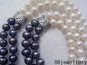 absorbing black&white tie-in natural pearls necklace ID0805-25