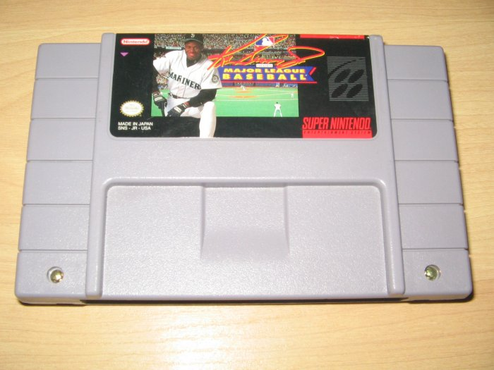 SNES Super Nintendo Ken Griffey Jr Major League Baseball Game