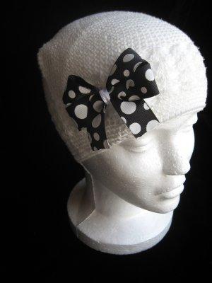 Off White Crochet Hat & Black and White Hair Bow Set