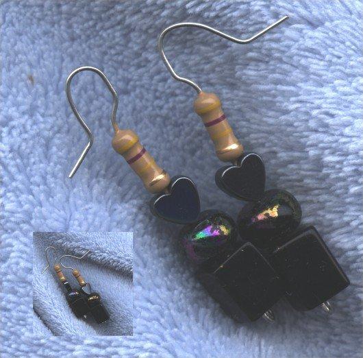 Danielle (earrings) (ENV-006)