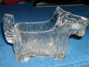 VINTAGE DEPRESSION GLASS SCOTTIE DOG CREAMER