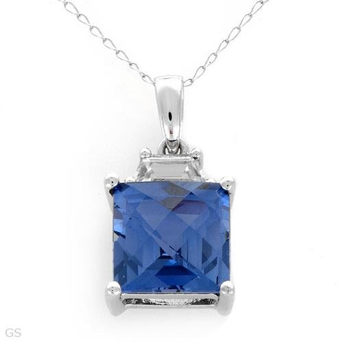 Created Sapphire necklace  in White Gold
