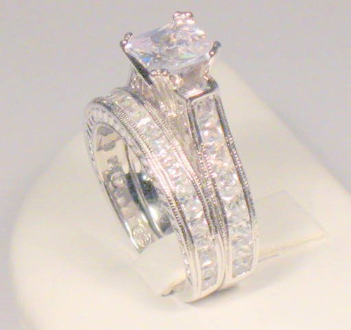 SZ 8 - 3 CT PRINCESS ANTIQUE WEDDING ENGAGEMENT RING SET