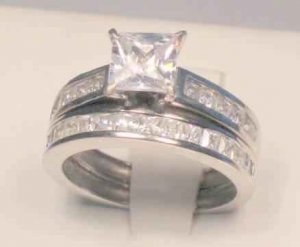 SZ 6 - 2.50 CT PRINCESS CUT WEDDING ENGAGEMENT RING SET