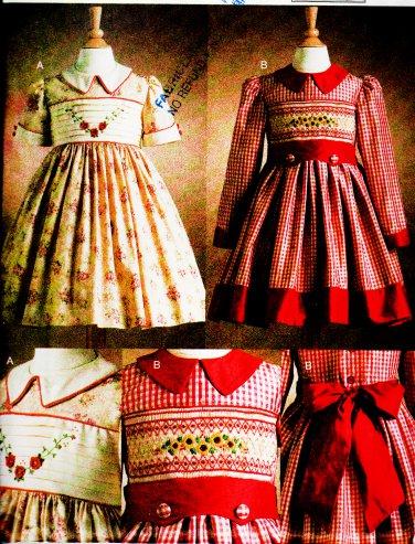 CHILD 5-6X SMOCKED DRESSES CLASSIC PATTERN TERESA LAYMAN VOGUE 7958 OOP UNCUT