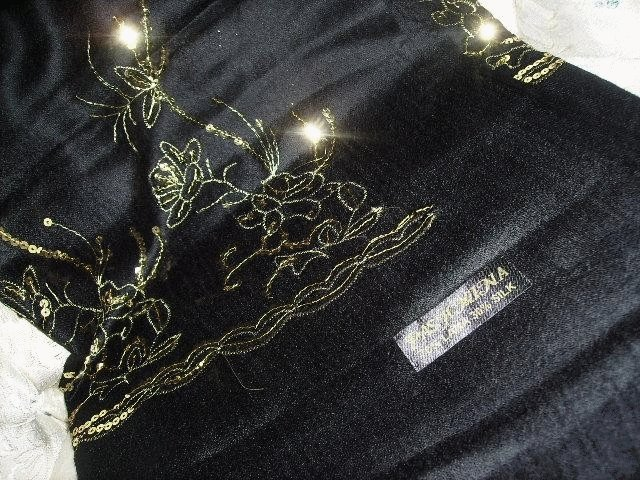 Black and Gold Pashmina