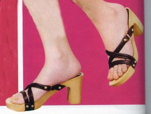 NLS-VAL High Wooden Heel Sandals