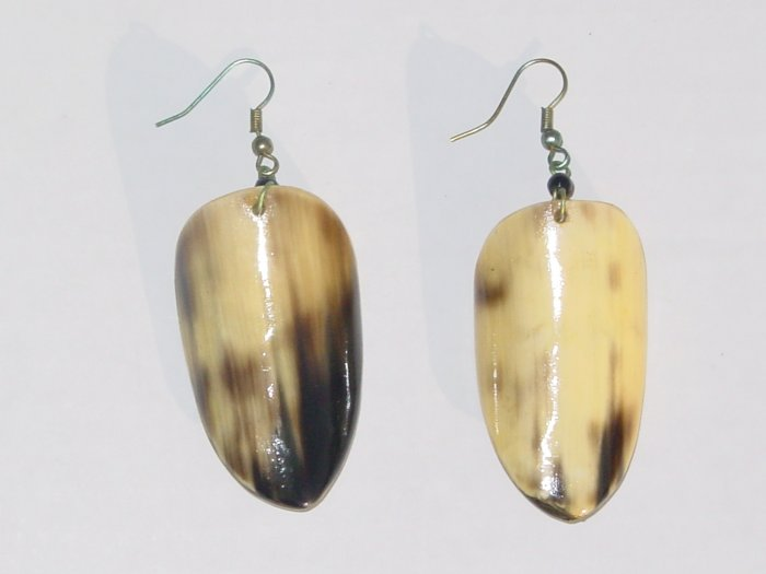 Handmade Shell Earrings- Gazelle