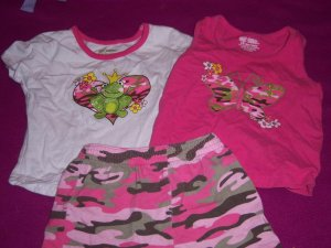 Infant Girls 3-pc summer camo outfit by Okie Dokie size 18 months