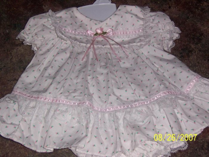 Infant girls Easter Dress size 0 3 months EUC wore 1 time