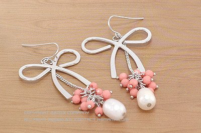 Large Silver Ribbon with Sweet Pink Beads and Pearl Earrings E0402TX