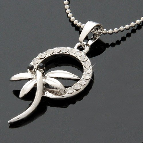 Exquisite Dragonfly Necklace