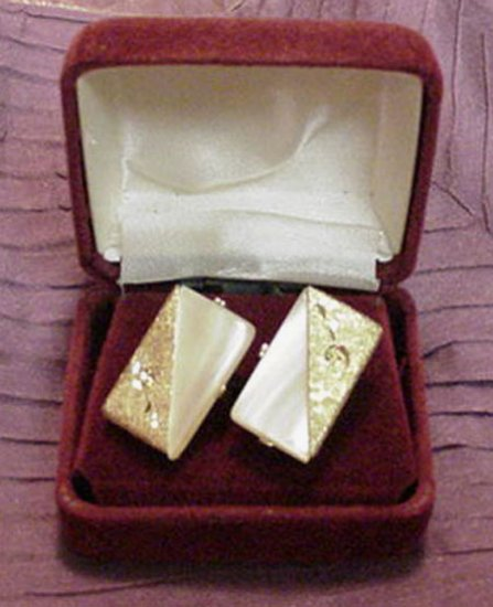 NICE OLD FAUX MOTHER OF PEARL GENT'S CUFFLINKS