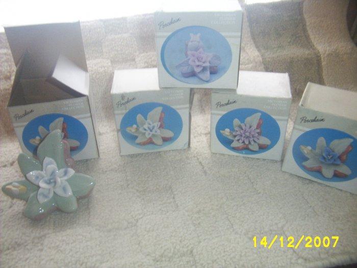 Porcelain Victorian Flower x 18 pcs NIB gift flower