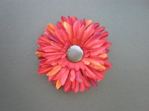 Angela's Accessories Red Sunflower Clip