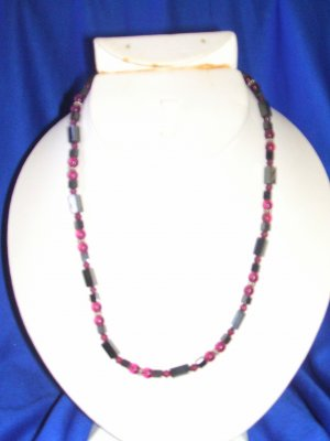 Claret & Wine Magnetic Necklace