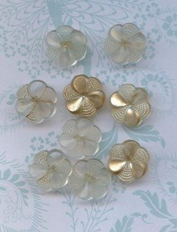 9 Vintage Clear Floral Buttons Plastic Button