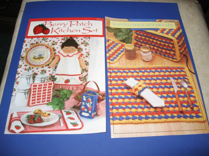 Annies Attic Crochet Brochures Berry Patch Kitchen Set and Slanted Shell Kitchen Set