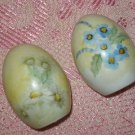 Vintage egg shaped hand painted salt & pepper shakers FREE US SHIPPING