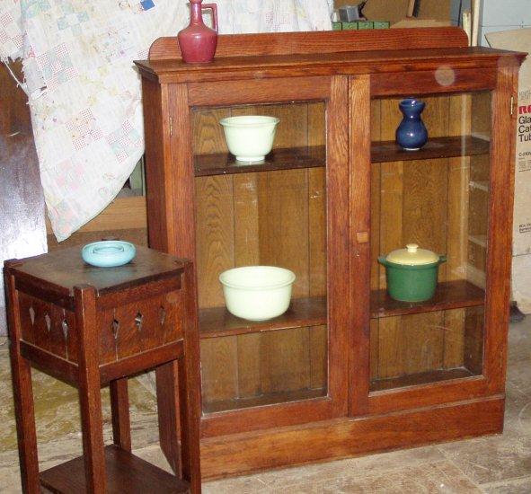 Mission arts&crafts 2 door oak china cabinet