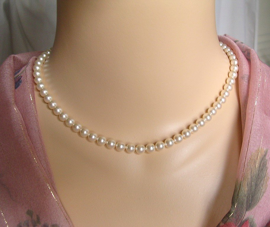 Creamrose Pearl Necklace, 6mm Swarovski Pearls, Gold Filled Clasp