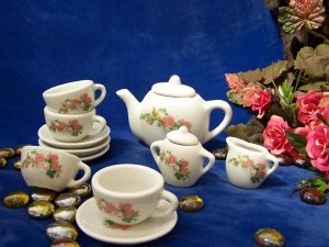 Child's Tea Set 13pc