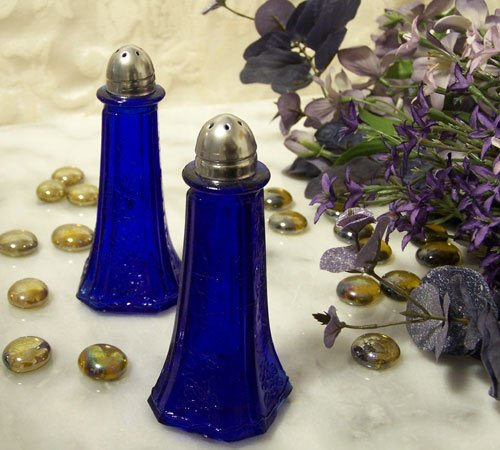 BLUE FLORAL SALT & PEPPER