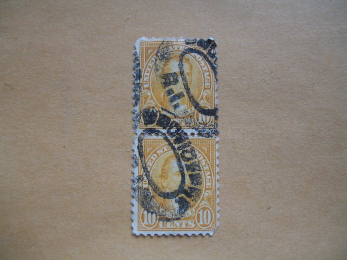 SCOTT# 714-STUART-VERT. PAIR-PRECANCLE RHODE ISLAND--ID#563