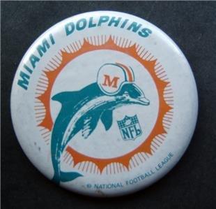 """Miami Dolphins NFL Football Old Logo PIN White Background 3"""" Diameter"""