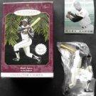 1997 Hallmark Keepsake Ornament Hank Aaron Atlanta Braves with Baseball Card